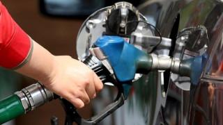 Κίνα: Μείωση στις λιανικές τιμές των καυσίμων