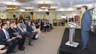 Το Deree στηρίζει υποσχόμενους φοιτητές ελληνικών πανεπιστημίων