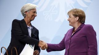 «Συνθηκολόγηση» ΔΝΤ – Γερμανίας για την ελάφρυνση του ελληνικού χρέους