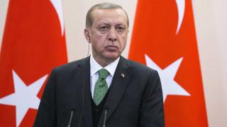 Νέο πλήγμα στις σχέσεις ΗΠΑ-Τουρκίας ο εξοπλισμός των Κούρδων, λέει ο Ερντογάν