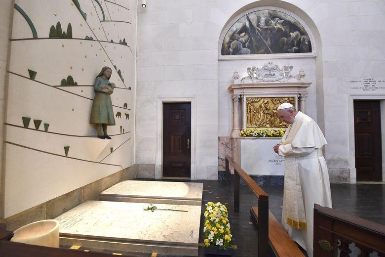 2017 05 13T105634Z 664161268 UP1ED5D0UE8UF RTRMADP 3 POPE PORTUGAL FATIMA
