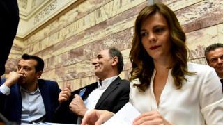 Αχτσιόγλου: Σήμα εξόδου από τα προγράμματα της επιτροπείας η συμφωνία με τους θεσμούς