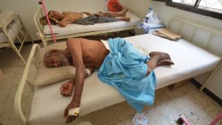 «Θερίζει» η χολέρα στην Υεμένη: 180 νεκροί, πάνω από 11.000 ύποπτα κρούσματα (pics)
