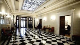 Κυβερνητικές πηγές για το πολυνομοσχέδιο: Συνειδητά ψεύδη της ΝΔ