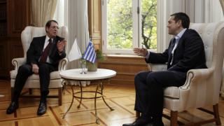 Επικοινωνία Τσίπρα - Αναστασιάδη για το Κυπριακό