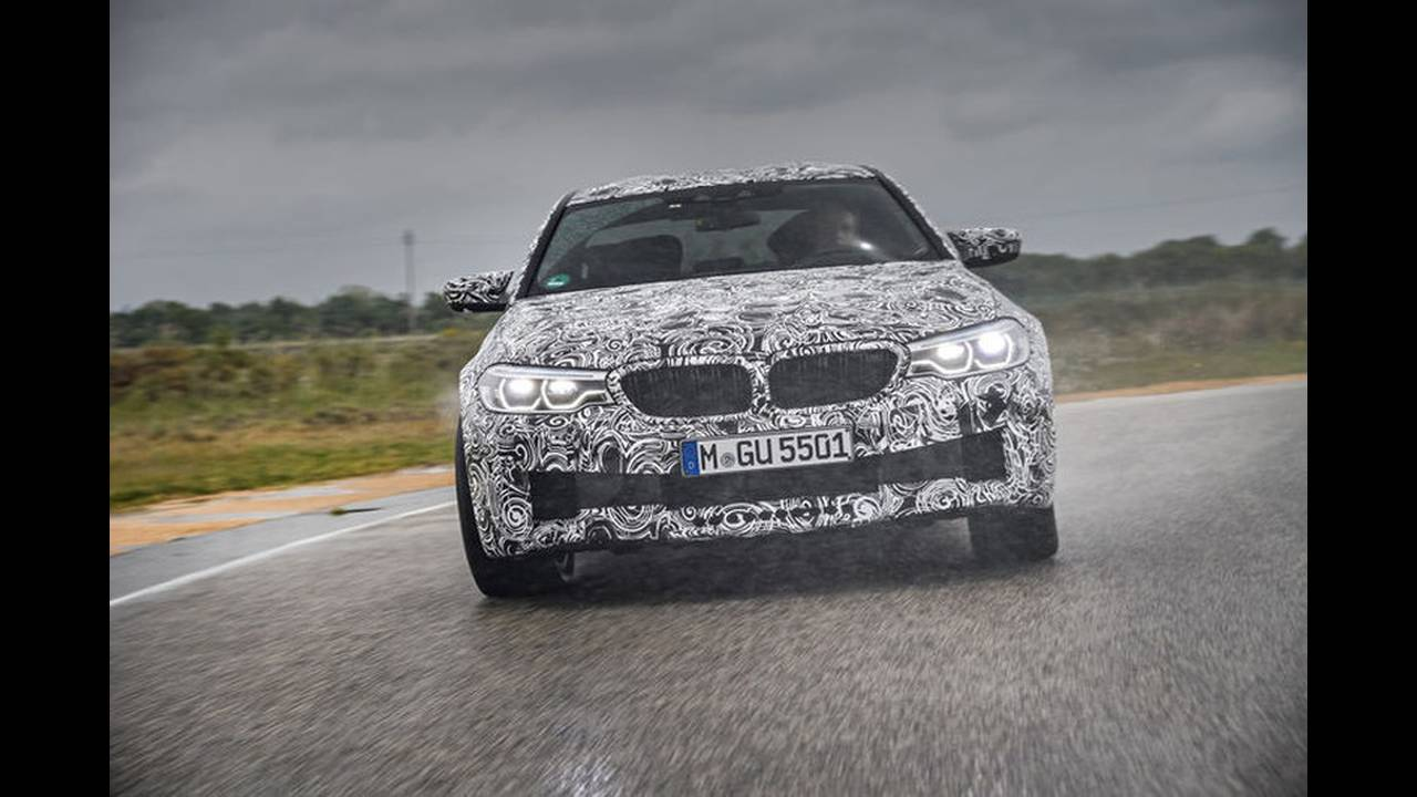 https://cdn.cnngreece.gr/media/news/2017/05/17/80977/photos/snapshot/BMW-M5-2017-14.jpg