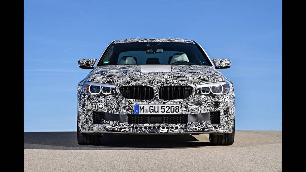 https://cdn.cnngreece.gr/media/news/2017/05/17/80977/photos/snapshot/BMW-M5-2017-15.jpg