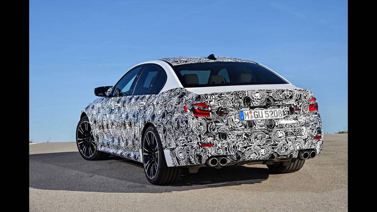 https://cdn.cnngreece.gr/media/news/2017/05/17/80977/photos/snapshot/BMW-M5-2017-7.jpg