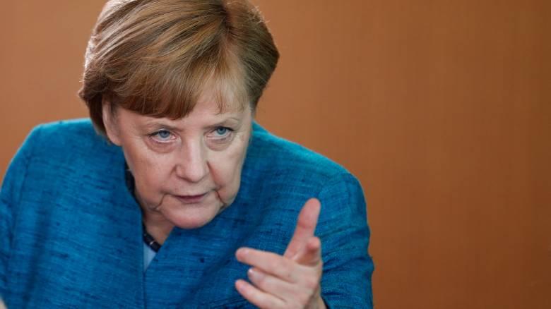 Η Μέρκελ «αγριεύει» και προειδοποιεί τη Βρετανία για την ελεύθερη κίνηση των πολιτών