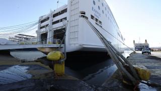 Δεμένα τα πλοία στα λιμάνια λόγω της νέας 48ωρης απεργίας της ΠΝΟ