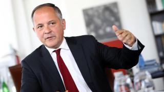 Κερέ: Πολιτικές αποφάσεις στο Eurogroup της Δευτέρας