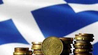 Bloomberg: Τα ελληνικά και πορτογαλικά ομόλογα ηγούνται της αναθέρμανσης της ζήτησης για χρέος