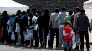 Τα λιμάνια στη Σικελία δεν θα δέχονται πλοία που μεταφέρουν μετανάστες