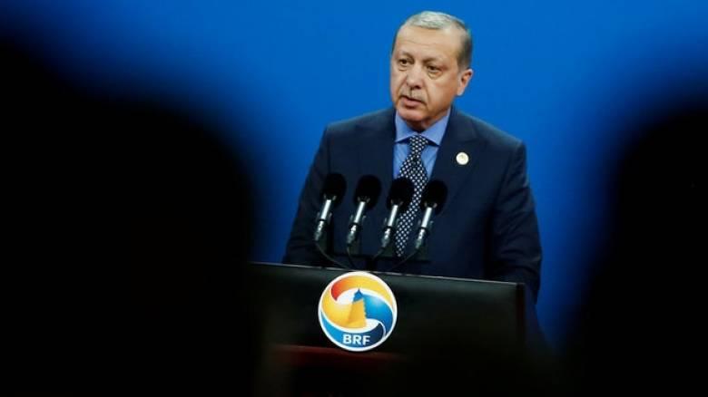 Ερντογάν: Δεν θα άρουμε την κατάσταση έκτακτης ανάγκης στη χώρα μέχρι να ηρεμήσει η κατάσταση