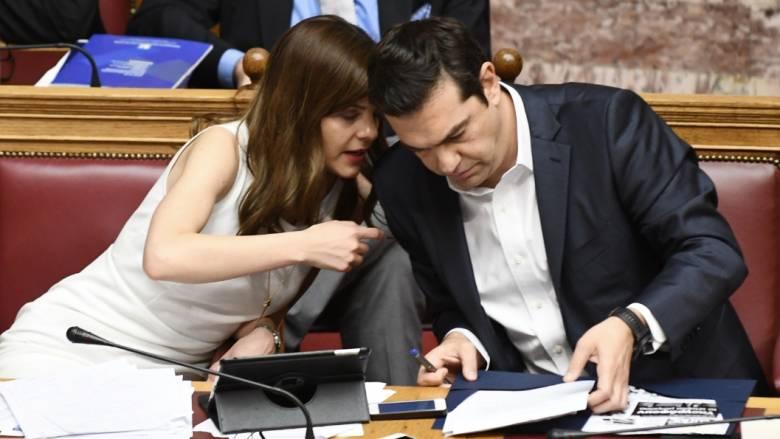 Τσίπρας και Αχτσιόγλου μοιράστηκαν ιδέες σε tablet και κινητό (pics)