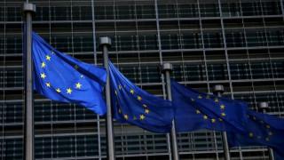 Η Κομισιόν για την ψήφιση των μέτρων: Θα αναζητηθεί στρατηγική για τη βιωσιμότητα του χρέους