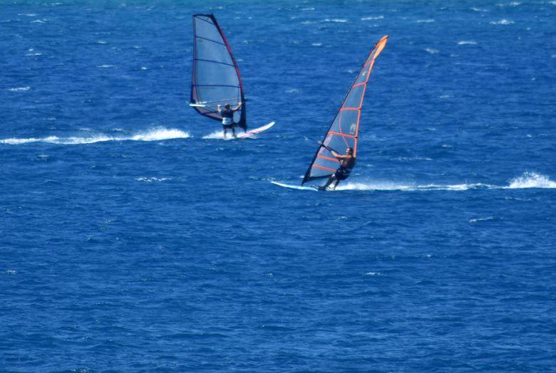 paralia windsurfing