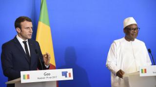 Μακρόν: Η Γαλλία θα είναι ασυμβίβαστη στη μάχη κατά των τζιχαντιστών