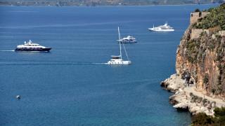 Το Δημόσιο βγάζει στο σφυρί από yacht και φορτηγά πλοία μέχρι πλαστικές λέμβους