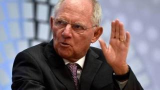 Νέο «χτύπημα» από τον Σόιμπλε: Καμία ελάφρυνση του ελληνικού χρέους