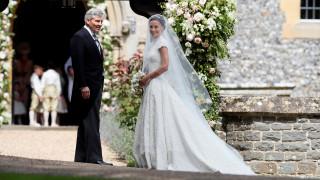 Φρενίτιδα στη Μεγάλη Βρετανία για τον γάμο της Πίπα (pics)