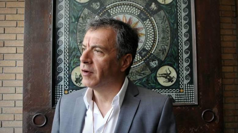 Στ. Θεοδωράκης: Οι Έλληνες μπορούν να περάσουν στην αντεπίθεση