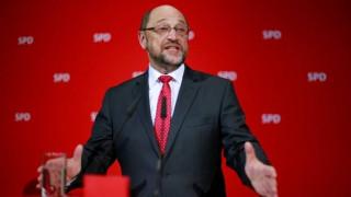 Τα βήματα του Μακρόν ακουλουθεί ο Σουλτς για να κερδίσει τις εκλογές στη Γερμανία