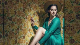 Η Lana Del Rey τραγουδά για την ένταση μεταξύ ΗΠΑ - Βόρειας Κορέας (vid)
