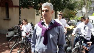 Ο Άρης Σπηλιωτόπουλος έγινε ξενοδόχος