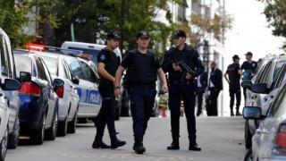 Νέα πρόκληση των Τούρκων – Πήγαν έξω από το ξενοδοχείο των οπαδών του Ολυμπιακού (vid)