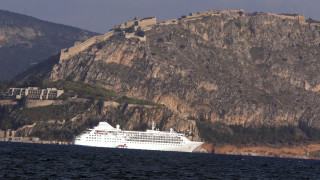 «Απόβαση» στα Χανιά 2.000 τουριστών