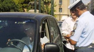 Έλεγχοι της Τροχαίας σε 1.552 οχήματα για παραβάσεις