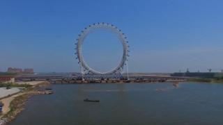 Οι κινέζοι κατασκευάζουν τον μεγαλύτερο τροχό του κόσμου χωρίς ακτίνες (Vid)