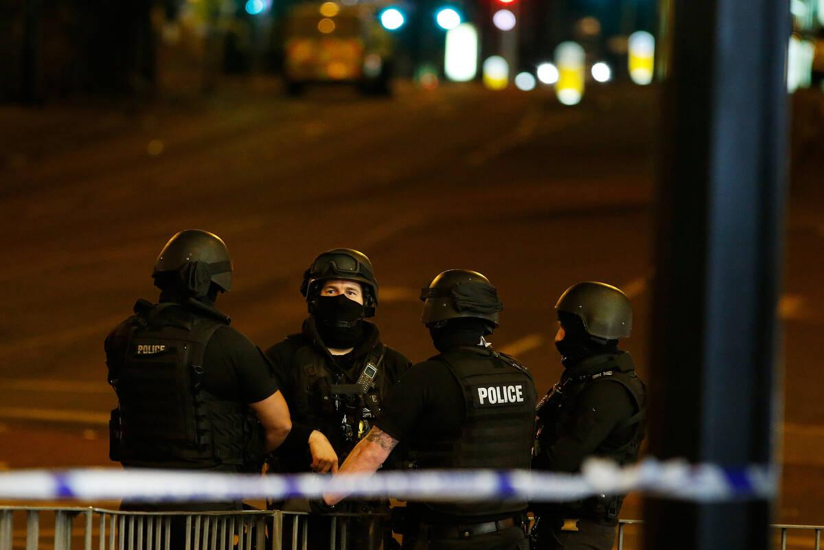 armed-police.JPG