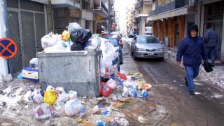 Λόφοι σκουπιδιών στο κέντρο της Θεσσαλονίκης