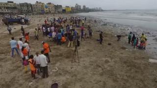 Ήταν μια από τις πιο βρώμικες παραλίες της Ινδίας - Τώρα προκαλεί τον θαυμασμό
