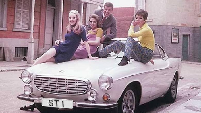 Τα αυτοκίνητα που θα μας θυμίζουν πάντα τον Ρότζερ Μουρ