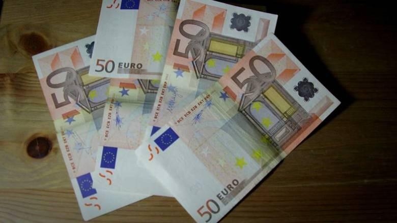 Υπέρβαση 500 εκατ. ευρώ στα έσοδα από εφορίες και τελωνεία στο τετράμηνο 2017