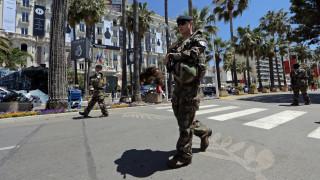 Γαλλία: Ο Μακρόν θέλει παράταση της κατάστασης εκτάκτου ανάγκης