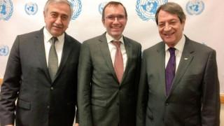 Κυπριακό: Χωριστές συναντήσεις του Άιντε με Αναστασιάδη και Ακιντζί