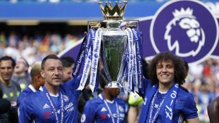 Premier League: Η Τσέλσι ανέβαλε την «παρέλαση τίτλου» λόγω Μάντσεστερ (vid)