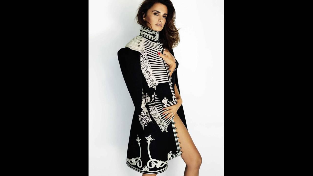 https://cdn.cnngreece.gr/media/news/2017/05/24/82018/photos/snapshot/Penelope-Cruz-Vogue-Spain-2016-Photoshoot09.jpg