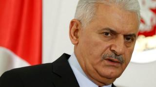 Σκάνδαλο με offshore εταιρείες του Τούρκου πρωθυπουργού συγκλονίζει την Τουρκία