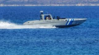 Στο λιμάνι της Σούδας το πλοίο με τα εκρηκτικά