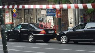 Στον Ευαγγελισμό ο Λουκάς Παπαδήμος μετά τη δολοφονική έκρηξη στο αυτοκίνητό του (pics+vid)