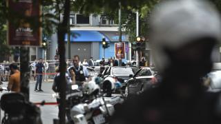 Σε συναγερμό οι Αρχές μετά την επίθεση κατά του Λ. Παπαδήμου - Οι πρώτες εκτιμήσεις