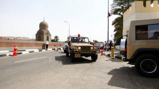 Ένοπλοι άνοιξαν πυρ κατά χριστιανών στην Αίγυπτο, δεκάδες νεκροί και τραυματίες