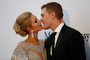 Paris Hilton & ο σύντροφος της μοντέλο Chris Zylka