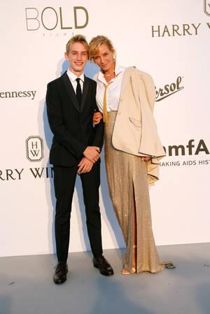 Uma Thurman με το γιο της Levon Roan Thurman-Hawke