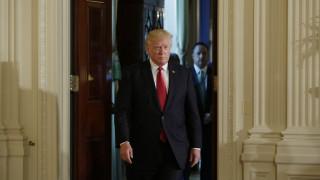 Ο Ντόναλντ Τραμπ ετοιμάζει «αίθουσα πολέμου»
